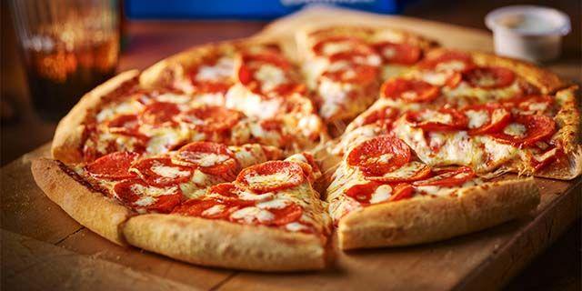 Domino's Pizza - 35% Student Discount