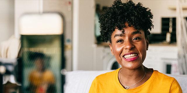 Three - £37 Month - Apple iPhone SE 64GB White