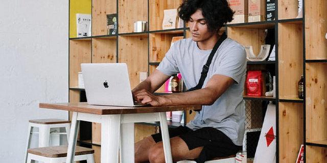 Springboard - $300 off UI/UX Design Career Track